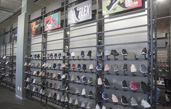 Skechers-showroom